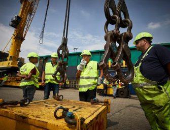 DZP Ambachtslab stoomt werkeloze jongeren klaar voor werk in haven